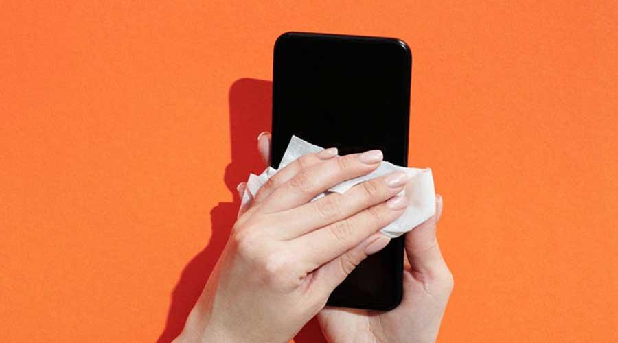 Come-pulire-e-sanificare-i-dispositivi-elettronici
