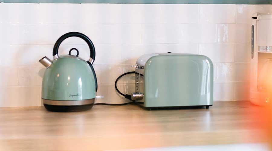 Come-pulire-gli-elettrodomestici,-attrezzi-e-utensili-da-cucina